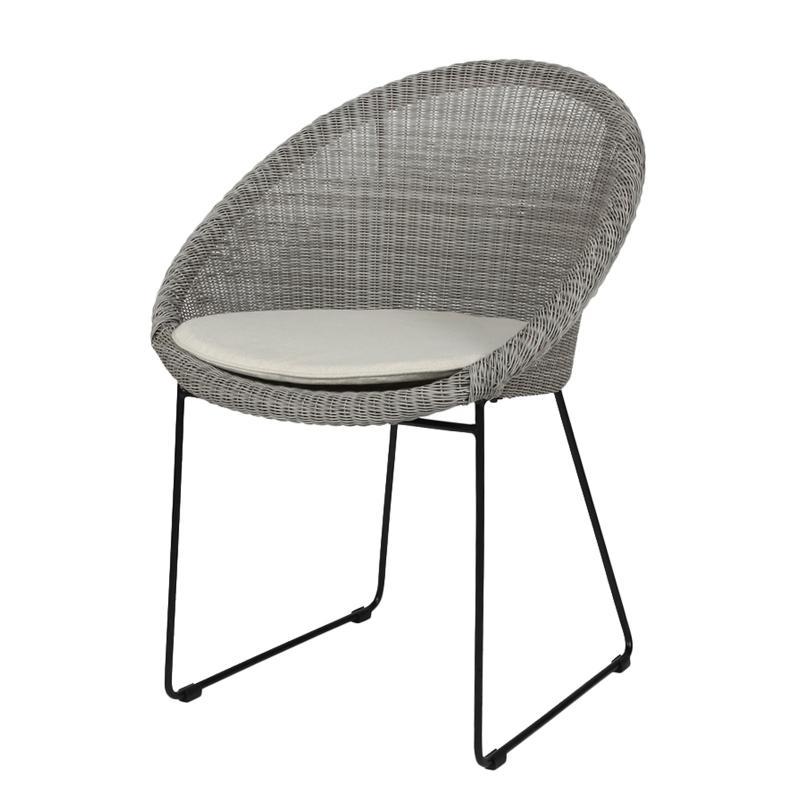Gypsy wicker chair restaurant furniture
